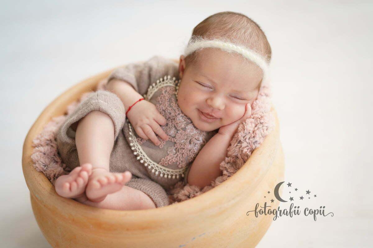 Detalii sedinta foto Newborn
